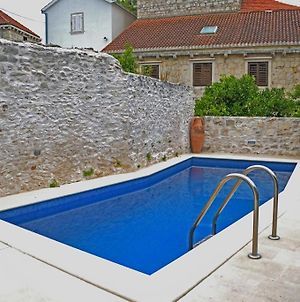 Family Friendly Apartments With A Swimming Pool Sutivan 14737 photos Exterior