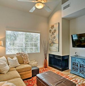 Condo With Pool And Patio, 5 Mi To Old Town Scottsdale photos Exterior