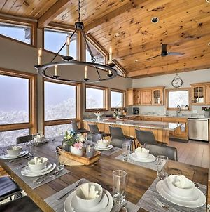 Sky Barn Retreat In Beech Mtn With Views And Deck photos Exterior