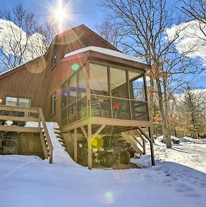 Pet-Friendly Poconos Getaway With Resort Perks! photos Exterior