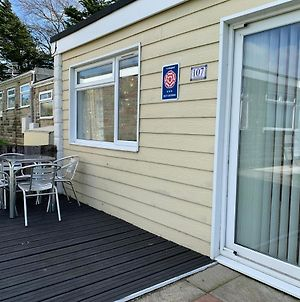 Chalet 107, Sandown Bay Holiday Centre photos Exterior