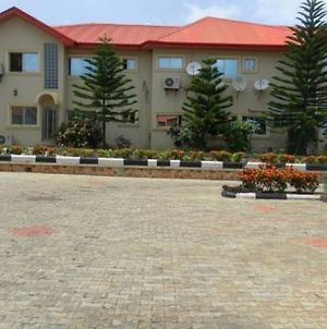 Room In Lodge - Royal Parklane Hotel Exclusive Secured Luxurious Hotel In Akure photos Exterior