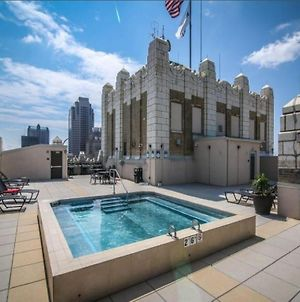 Jacuzzi In The Sky Luxe 2Br Condo With Parking By Cozysuites photos Exterior