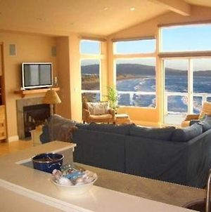 Sea Glass! Amazing Views!!!! On The Bluff! Walk To Beach! Hot Tub!! Bbq! Fast Wifi! A Dillon Beach Jewel!!! photos Exterior