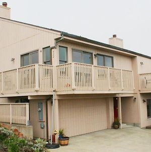 Sea Miracle! Hot Tub!! Game Room! Views!! Expansive & Spacious!! Fast Wifi!!! photos Exterior
