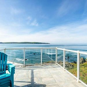 Beach House Bliss! On The Bluff!! Hot Tub! Bbq! Amazing Views!! Fast Wifi!! photos Exterior