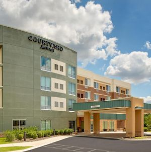 Courtyard By Marriott Detroit Farmington photos Exterior