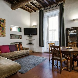 Charming Pantheon Apt In The Heart Of Rome photos Exterior