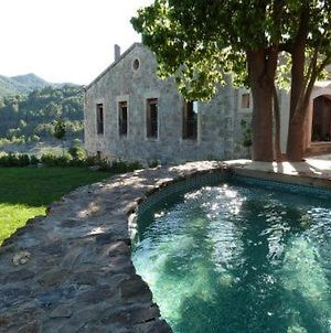 Villa In Riudecanyes Sleeps 20 With Pool photos Exterior