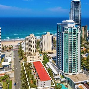 2 Bdrm Trickett Gardens, Surfers Paradise- Meters From The Beach! photos Exterior