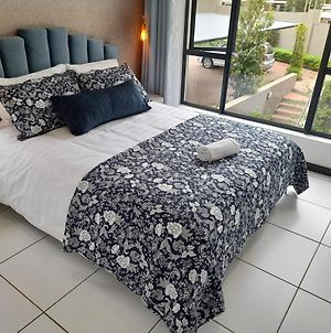 Cozy Apartment In The Heart Of Fourways photos Exterior