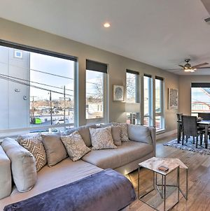 Townhome With Rooftop Deck Walk To Mile High! photos Exterior