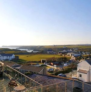 20 Cliff Apartment With Pool Access -Trearddur Bay-3 Bed Duplex photos Exterior