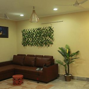 Cozy Family Stay - Ameerpet photos Exterior