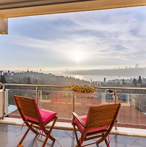 1 Bedroom Apartment With Bosphorus View In Uskudar photos Exterior