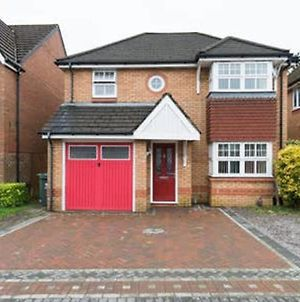 4 Bed House With Private Garden Next To Cardiff! photos Exterior