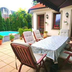 House With 3 Bedrooms In Samorin With Furnished Terrace And Wifi photos Exterior