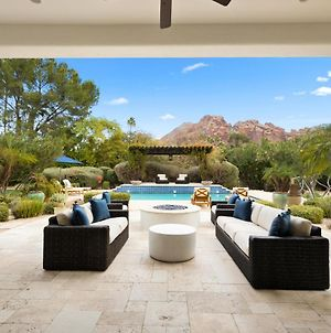 Steps To Camelback Mtn! Luxury Paradise Valley Home With Heated Pool, Spa And Home Theatre! photos Exterior