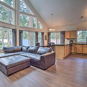 Family-Friendly Cle Elum Cabin With Hot Tub! photos Exterior