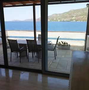 Penthouse -Breathtaking Sea View-Just On The Beach photos Exterior
