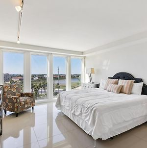 Stunning Bayview! Large Condo In Beachfront Resort With Shared Pools And Jacuzzi photos Exterior