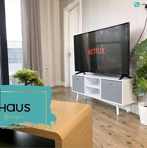 Haus Apartments City Center 3 Bed With Parking photos Exterior
