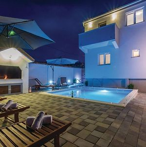 Holiday Home Bianca With Pool photos Exterior
