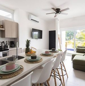 Experience 5-Stars Comfort In A Stylish Design Apt photos Exterior