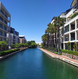 One Bedroom Apartment - Fully Equipped Waterfront Based photos Exterior