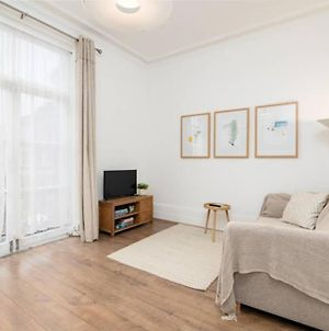 Superb 1 Bed Flat 5Min To Clapham Junction Station photos Exterior