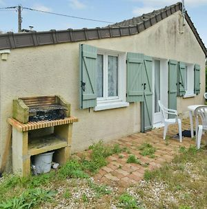 House With 2 Bedrooms In Villenauxe La Grande With Enclosed Garden And Wifi photos Exterior