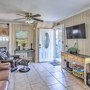 Pet-Friendly Myrtle Beach Home With Huge Yard! photos Exterior