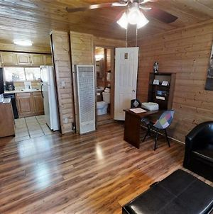 All Sportsman Cabins photos Exterior