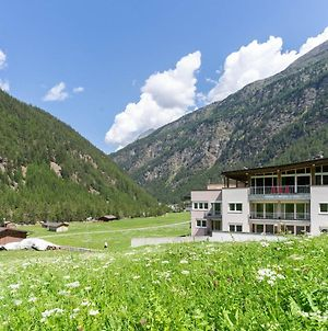 Mountain-View Apartment In Zwieselstein With Balcony photos Exterior