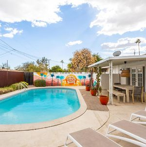 Palm Springs Inspired- Heated Pool & Spa! Minutes To Oldtown Scottsdale! photos Exterior
