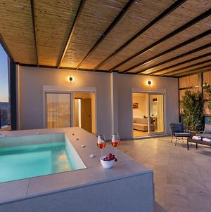 Thisean Modern Suites By Athens Stay photos Exterior