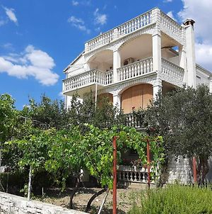 Apartments And Rooms With Parking Space Kastel Stafilic, Kastela - 18673 photos Exterior