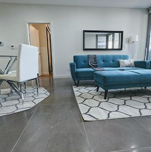 Elegant 3-Bed 2-Bath, Balcony, With Pool Included, No Parties! photos Exterior