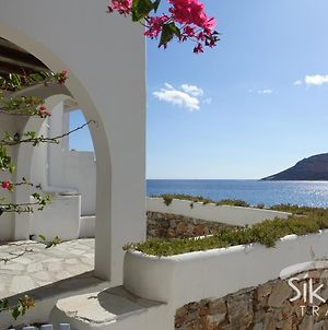 Seaside Traditional Cycladic House photos Exterior