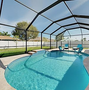 Desirable Sw Home - Private Heated Saltwater Pool Home photos Exterior