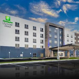 Holiday Inn Express & Suites - Fort Myers Airport, An Ihg Hotel photos Exterior