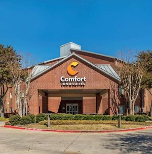 Comfort Inn & Suites North Dallas-Addison photos Exterior