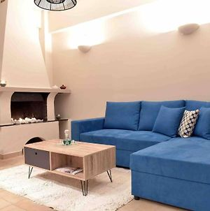 Ideal Location-Brand New Cosy Aprtm In Glyfada! photos Exterior