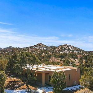 Sunlit Pines - Tucked In The Trees, Private Escape, Easy Drive To Plaza - New Listing photos Exterior