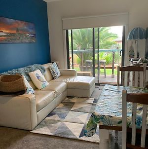 Turquoise Waters -Private Guest Suite With Massage Chair photos Exterior