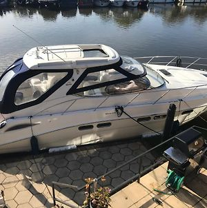 Entire Luxury Yacht 42Ft X15 Ft Sealine Heating 3 Cabins Wifi Sleeps Up To 4 Adults Or Adults With Children Over 2 Years Old photos Exterior