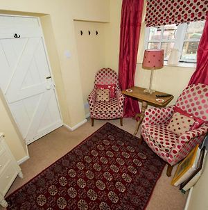 1 Bedroomed Cottage Near Quay photos Exterior