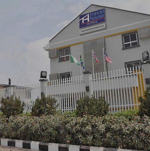 Room In Lodge - Travel House Lagosluxurious And Affordable Hotel In Lagos photos Exterior