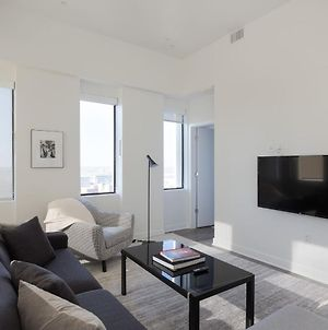 Luxe Dt 1Br With City View By Zencity photos Exterior