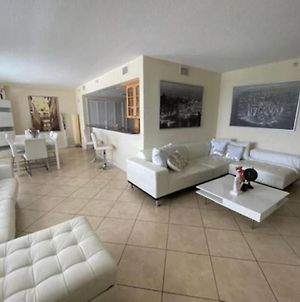 Oceanview Large Dream Condo With 2Bd/2B In Clearwater Beach photos Exterior